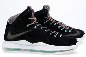 "Nike LeBron X NSW Black Suede (Release Reminder: Nike LeBron X NSW ""Black Suede"")"
