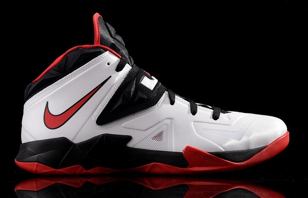 Nike Zoom Soldier VII White/University Red-Black