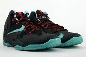 "lebron 11 diffused jade pair (Release Reminder: Nike LeBron 11 ""Diffused Jade"")"