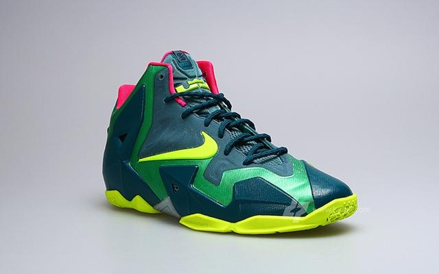 "Nike LeBron XI GS ""T-Rex"" Edition"
