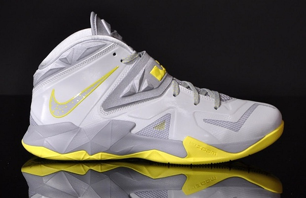 "LeBron Nike Zoom Soldier VII ""Pure Platinum"" Now Available"