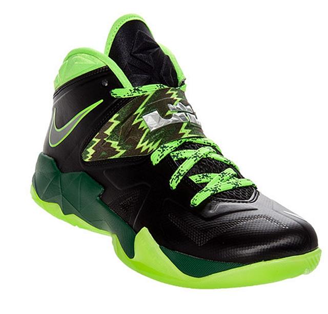 Nike Zoom Soldier VII black neon green