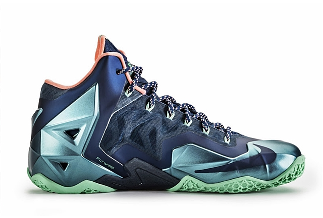 "Nike LeBron XI ""Akron vs Miami"" Will Be Available On December 7th"